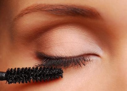 apply-mascara1