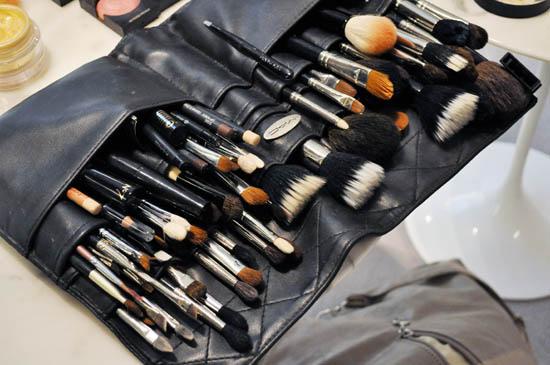 derrick carberry's brush kit