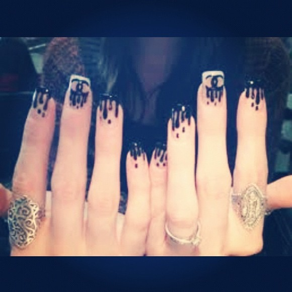 Khloe Kardashian\'s Chanel Rain Nails: A Beaut.ie How To | Beaut.ie