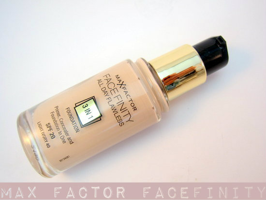 max factor 3 in 1 foundation light ivory
