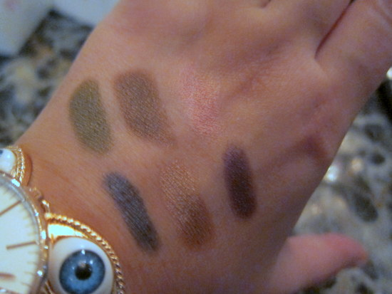 swatches Clinique Chubby Stick Shadow Tint For Eyes