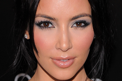 Kim Kardashian Inspired Silver Eyes: A Step-by-Step Tutorial