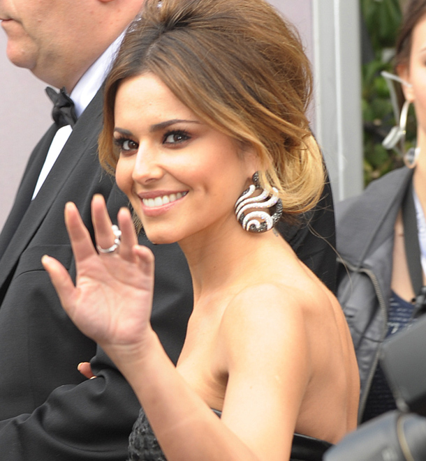 How To Our Guide To Replicating Cheryl Coles Bronzed Look Beaut
