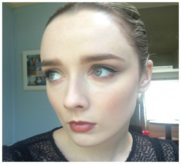 Wearing: True Radiance Foundation, Kit Sourcils 'Pro' and Blush Prodige. I'm also wearing Ombre Matte eyeshadows from the collection and the Rouge Eclat Lipstick in Chestnut Brown