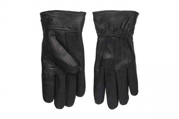 Gloves, €16.95, Carraig Donn