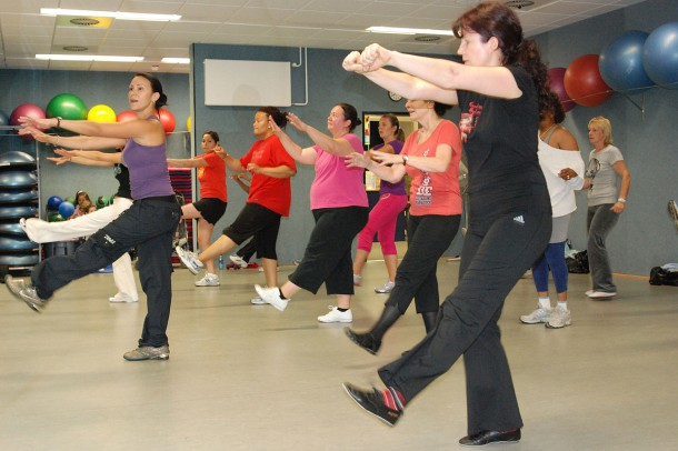 1280px-US_Army_52862_Zumba_adds_Latin_dance_to_fitness_routine