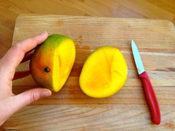 2. cutting the mango 1