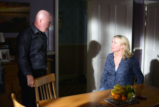 soaps-eastenders-week-36-5135-06