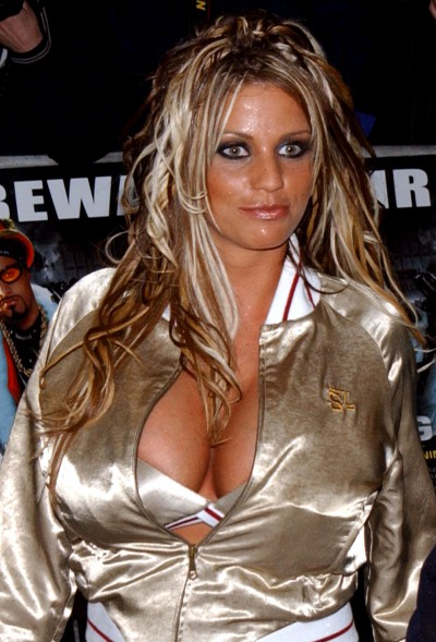 """402645 18 : Glamour Model Jordan arrives at the premiere of Ali Gs new film """"Inda House"""" March 20, 2002 in London. (Photo by Anthony Harvey/Getty Images)"""