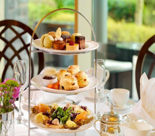 Afternoon Tea, Lounge