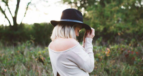 stocksnap woman hat