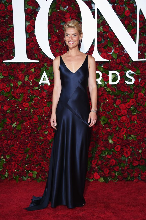 NEW YORK, NY - JUNE 12: Actress Claire Danes attends the 70th Annual Tony Awards at The Beacon Theatre on June 12, 2016 in New York City. (Photo by Dimitrios Kambouris/Getty Images for Tony Awards Productions)