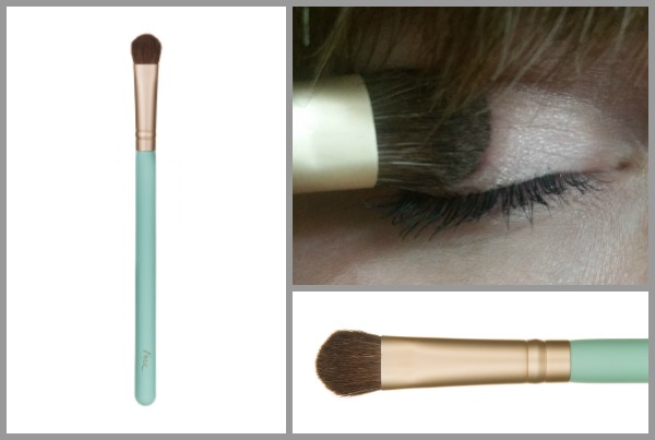 Eye Shader/Concealer Brush by youngblood #3