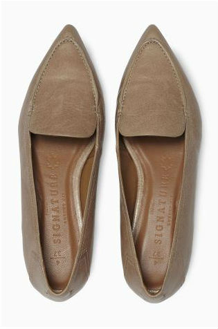 next pointed loafer