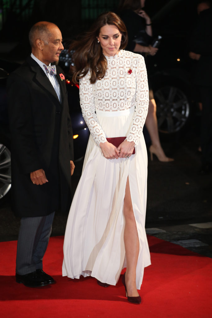 A Street Cat Named Bob Premiere - Arrivals Featuring: Catherine Duchess of Cambridge in Self-Portrait dress Where: London, United Kingdom When: 03 Nov 2016 Credit: Lia Toby/WENN.com