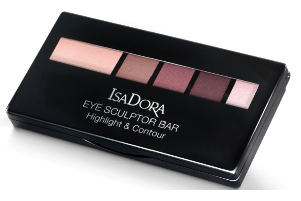 Isa-Dora-eye-bar