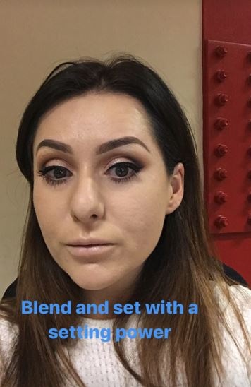 Christmas makeup tutorial 16