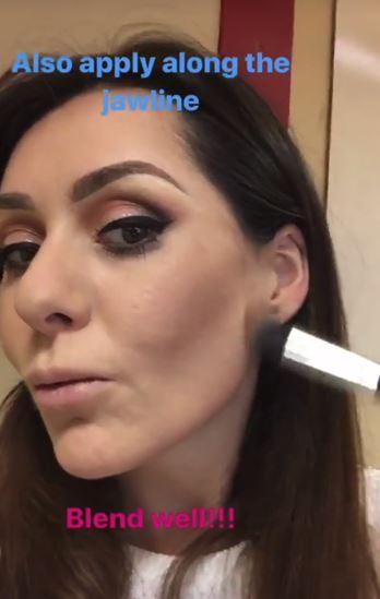 Christmas makeup tutorial 18