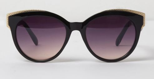Black and gold tone cat eye sunglasses €17.00