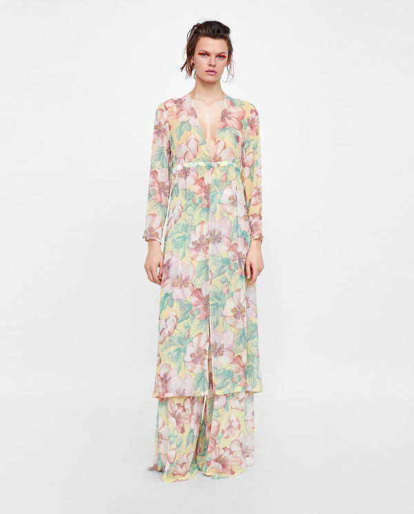 zara model wearing floral print palazzo trousers and tunic