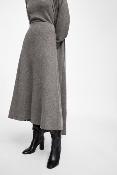 zara grey cashmere skirt with black autumn boots